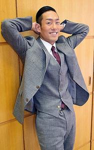 「佐助がリラックスしているポーズ」と中村勘九郎