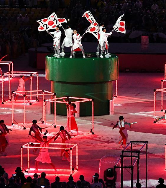 東京大会をアピールするアトラクションでは日本の応援団をイメージした演技が披露された=いずれも諫山卓弥撮影
