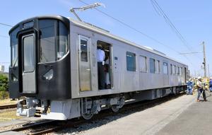 島根)一畑電車、新型車両がお目見え