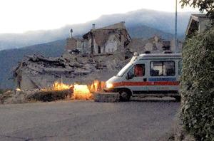 イタリアでM6.2の地震 建物倒壊、2人死亡の情報も