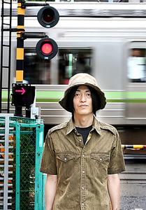 歴史社会学者の小熊英二さん=早坂元興撮影
