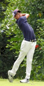 石川遼、首位タイ発進 弟の航は最下位 ゴルフ第1R