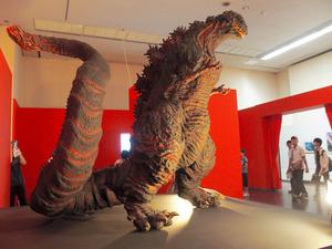 ゴジラ、福岡に「襲来」 舞台裏に注目、美術館にぎわう