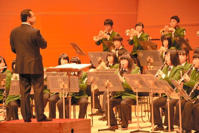 全国大会出場を決めた明誠学院=鳥取市のとりぎん文化会館