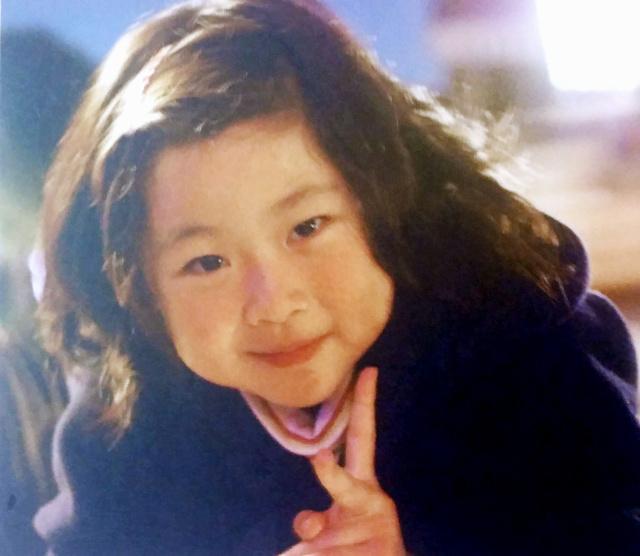 生前のみのりちゃん。姉のちひろさんと一緒にお風呂に入って歌うのが大好きだった=桜井紀彦さん提供