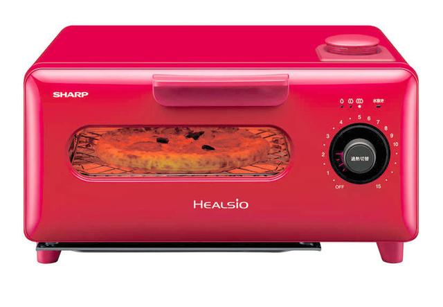 シャープが売り出す「ヘルシオ グリエ」。過熱水蒸気を使って調理できる=シャープ提供