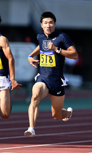 男子100メートルで、10秒08を出し優勝した桐生祥秀=諫山卓弥撮影