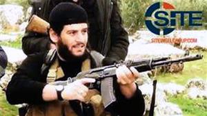 アブ・ムハンマド・アル・アドナニ=SITE Intel Group via AP。2016年8月30日、シリア・アレッポ付近の戦線を見回っていて殉職したと『イスラム国』系通信社が伝えた