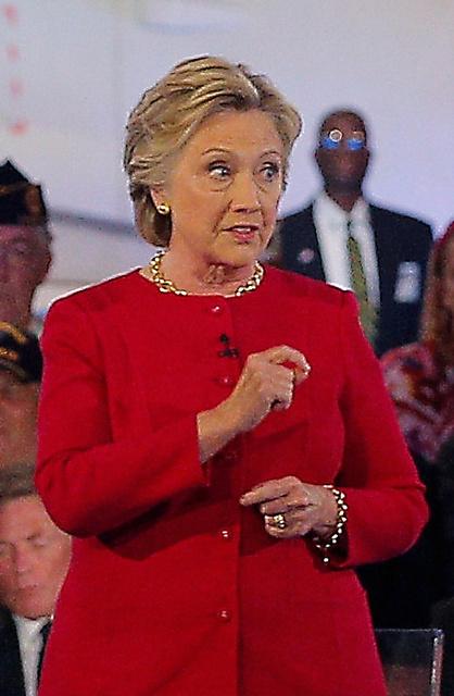 クリントン氏=ロイター