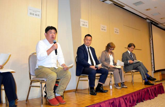 会場からの質問に答える研究者ら=11日、東京都内、高野裕介撮影