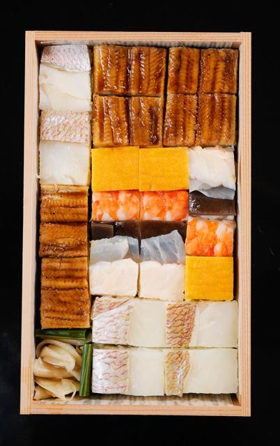 吉野寿司の「箱寿司」