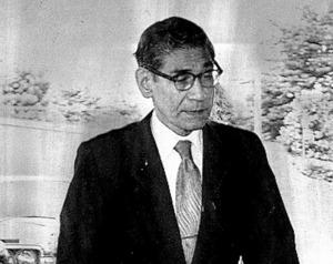 控訴審判決の日、札幌高裁に入る小河八十次裁判長=1976年8月5日、札幌市