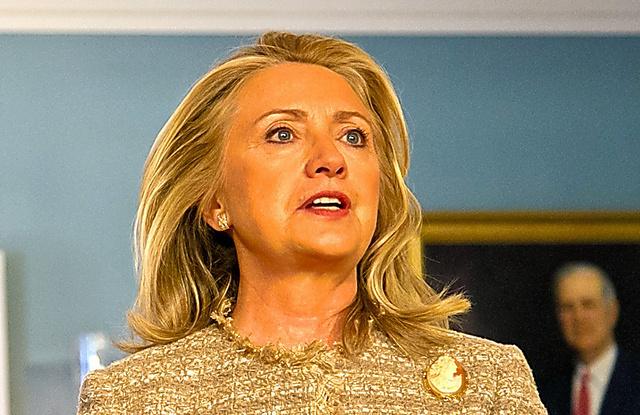 国務省で記者会見に臨むクリントン国務長官=2012年6月、ランハム裕子撮影