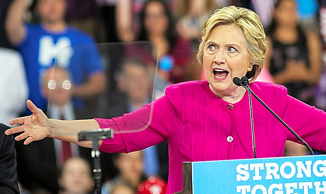 7月にペンシルベニア州で演説するヒラリー・クリントン=ランハム裕子撮影
