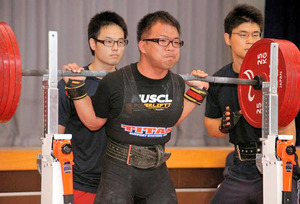 奈良)広陵町の職員、パワーリフティングで国体2連覇