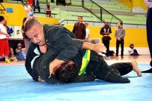 「パラ柔術」、ブラジルで人気 関節技や寝技中心の競技