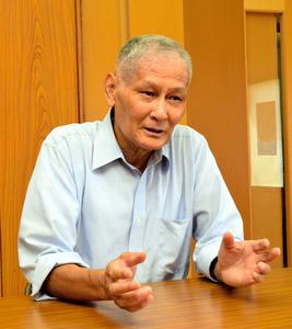 県原子力平和利用協議会事務局長の堤利市さん