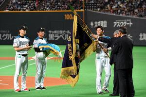 北海道)引退の武田勝、有終の3球 日本ハム最終戦