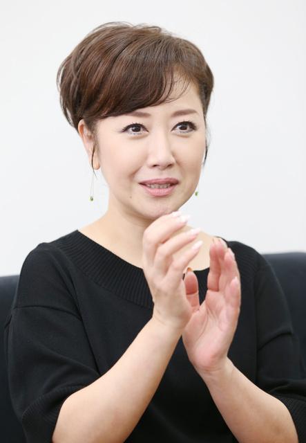伍代夏子の覚悟(1)初の座長公演前、C型肝炎とわかる:朝日新聞デジタル