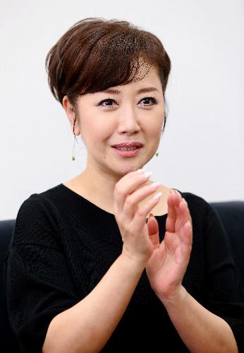 伍代夏子さん、肝炎の治療と歌のどちらも譲れない