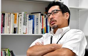 「『福島は汚(けが)れている』という負のイメージを払拭するのは容易ではありません。僕は逆ゴジラ効果と呼んでいます」=9月15日、福島市、仙波理撮影