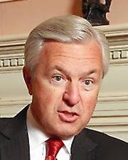 ウェルズ・ファーゴのジョン・スタンプ最高経営責任者=2014年3月