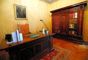 ローマ法王の離宮、一般公開 書斎や寝室も見学できます
