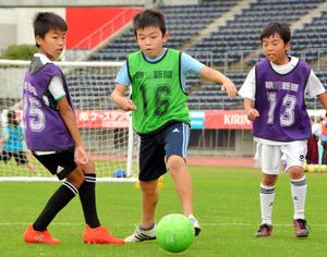 香川)カマタマーレ讃岐がサッカー教室