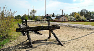 ソビブル絶滅収容所跡の脇に残る引き込み線。ユダヤ人を乗せた貨車が到着した