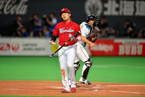 飛球打ち上げ・盗塁死…広島、ちぐはぐな攻撃
