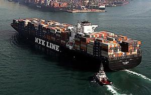 コンテナ船=日本郵船提供