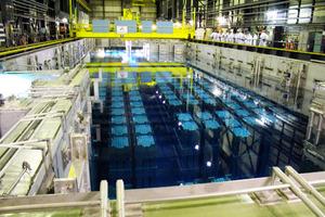 フランスの使用済み核燃料再処理工場の核燃料プール