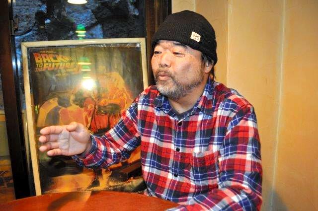糖尿病治療の体験を話すグレート義太夫さん=東京都内で