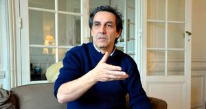 エマニュエル・トッドさん=パリ、イザベル・コントレーラス撮影、2015年2月