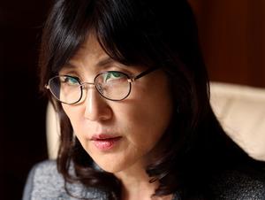 インタビューに応じる稲田朋美防衛相=遠藤啓生撮影