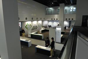 企業の製品展示スペースのようなコミュタン福島=三春町深作