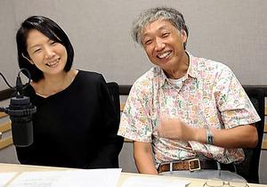 藤沢久美さん(左)と明石秀親さん=ラジオNIKKEI