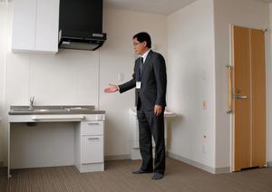単身者向けタイプの室内。広さは23平方メートルある=奈井江町国保病院内のサービス付き高齢者向け住宅「あんしん」