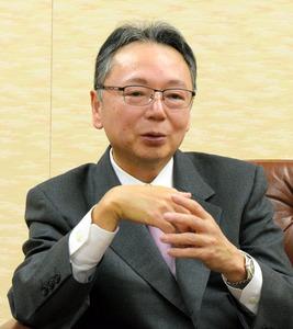 インタビューに応じる埼玉りそな銀行の池田一義社長=さいたま市浦和区