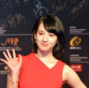 桜庭ななみさん、緊張の中国語スピーチ マカオ映画祭