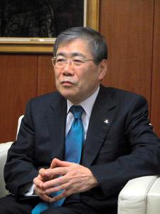 インタビューに応じる三菱重工業の宮永俊一社長=東京都港区