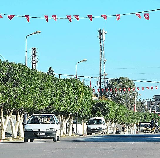 アニス・アムリ容疑者が育ったチュニジアのウィスレティア。表通りは閑散としている=27日、翁長忠雄撮影