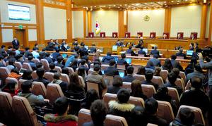 5日、韓国憲法裁判所で開かれた朴槿恵大統領の弾劾(だんがい)審判を巡る第2回弁論=東亜日報提供