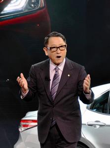 北米国際自動車ショーで登壇したトヨタ自動車の豊田章男社長=9日、米ミシガン州デトロイト、友田雄大撮影