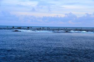 (@フィリピン)係争の南シナ海の漁師めし