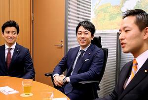 「自民党もライバルも強くないと、政治はおもしろくない」。右は村井英樹さん、左は小林史明さん=堀英治撮影