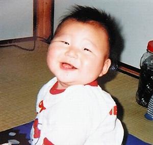赤ちゃんのときの森健太朗さん=本人提供