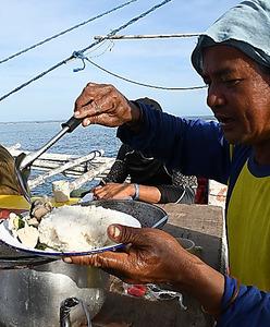 係争の海の漁師めし