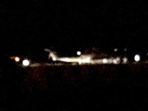 米軍ヘリが農道に不時着、けが人なし 沖縄・伊計島