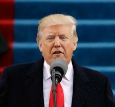 トランプ大統領が就任 団結訴え「共に米国を偉大に」